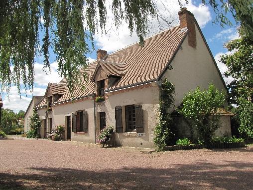 La Grange Aux Herbes, Chambres d`Hôtes Thoury (41)