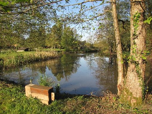 La Grange Aux Herbes et son étang