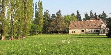 La Grange Aux Herbes  La Grange aux Herbes Chambres d'Hotes Chambord