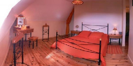 La Nichée La Nichée, Chambres d`Hôtes Rochefort-Montagne (63)