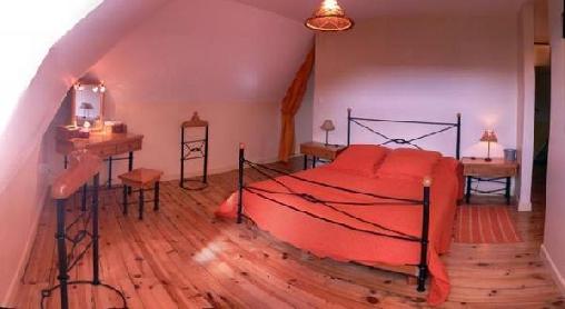 La Nichée, Chambres d`Hôtes Rochefort-Montagne (63)