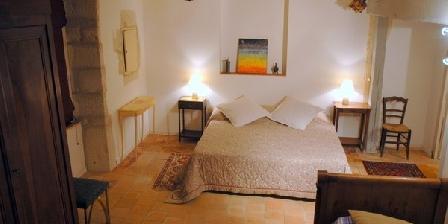 L'Hostellerie L'Hostellerie, Chambres d`Hôtes Savigné Sur Lathan (37)