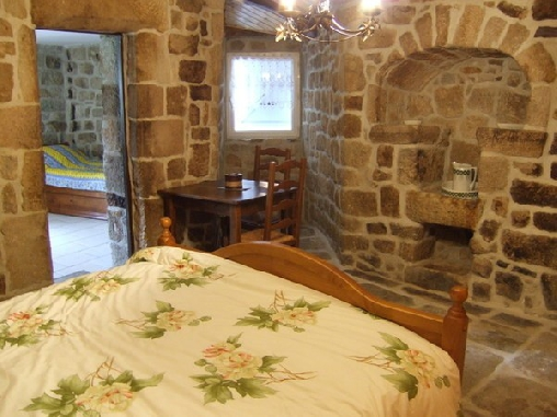 Chambre d'hote Ardèche - Le Mas du Vieux Chêne, Chambres d`Hôtes St Genest De Beauzon (07)