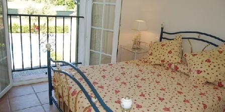 Les 4 Saisons Villa de charme Les 4 Saisons  ( 4 **** Etoiles), Gîtes Saint Tropez (83)
