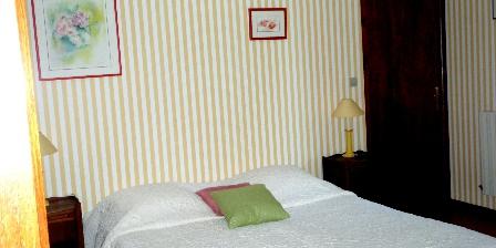 Au Cadran Solaire Au Cadran Solaire, Chambres d`Hôtes Sancey Le Grand (25)