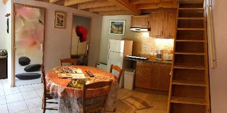 MOULIN DE RECORD Gites et Chambres d' Hôtes dans un Moulin à eau dans le sud, Chambres d`Hôtes Le Bez (par Ferrières) (81)