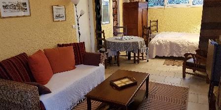 Chambre d'hotes Les Pérelles > salon de la suite `Vasterival`