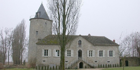 Château d'Aulnay-sous-Boësses Ancien Château-Fort d'Aulnay-sous-Boësses, Chambres d`Hôtes Boësses (45)