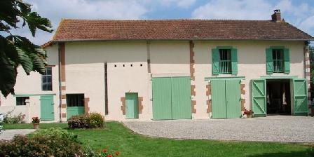 Les Malvaux Les Malvaux, Chambres d`Hôtes Huriel (03)