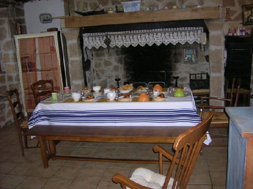 L'Ombre des Chênes, Chambres d`Hôtes Chamboulive (19)