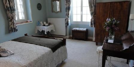 Le Chevrefeuille Le Chevrefeuille, Chambres d`Hôtes St Cyprien (24)