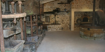 Le Moulin des Fumades Le Moulin des Fumades, Chambres d`Hôtes Payrignac (46)