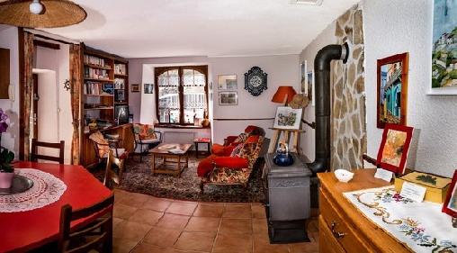 Le Prieure, Chambres d`Hôtes Montaigut Le Blanc (63)