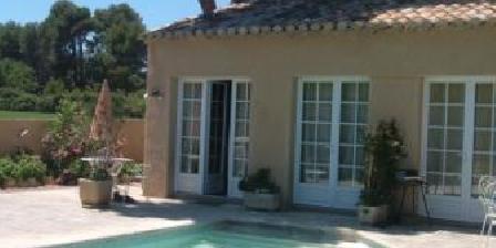 La Balancelle  La Balancelle Gîtes Piscine, Chambres d`Hôtes Saint Remy De Provence (13)