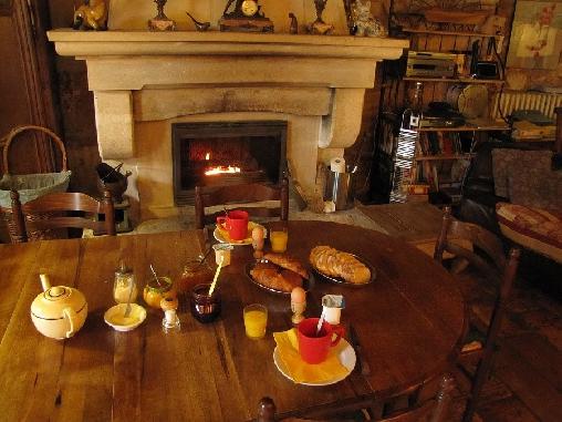 Chambre d'hote Vaucluse - La Table du Bonheur, Chambres d`Hôtes Saint Saturnin Les Apt (84)