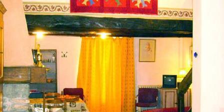 Gite de Charme La Feniere Gite de Charme La Feniere, Chambres d`Hôtes Saint Saturnin Les Apt (84)