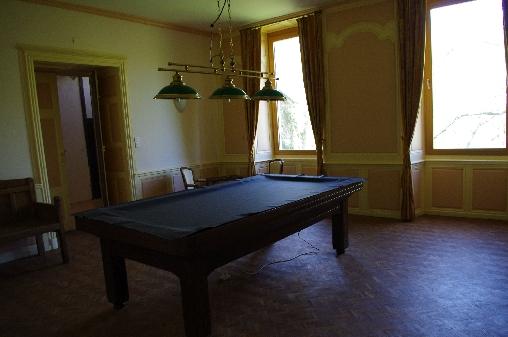 Salle de Billiard au Petit Château de Roquetaillade