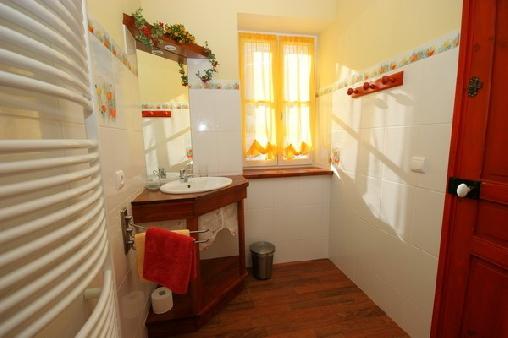 Chambre d'hote Cantal - Les 4 Saisons, Chambres d`Hôtes Mandailles (15)
