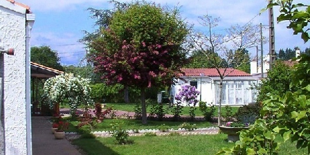 L'Etang L'Etang, Chambres d`Hôtes Mareuil Sur Lay (85)