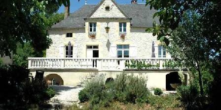Domaine La Cabane Domaine La Cabane, Chambres d`Hôtes Degagnac (46)