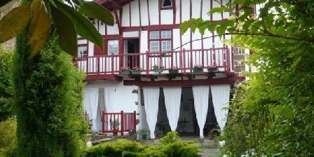 Maison Marchand Maison Marchand, Chambres d`Hôtes La Bastide Clairence (64)