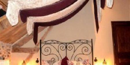 L'Arbre à Fruits  Arbre a fruits : B&B  4 Epis, Chambres d`Hôtes Chamboulive (19)