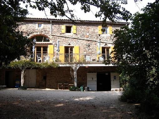 Mas de Vigneredonne, Chambres d`Hôtes Banne (07)