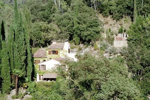 Maison saint pierre, Chambres d`Hôtes Entrecasteaux (83)