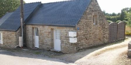 Chambres d'Hôtes Le Guern Maison de vacances en Bretagne pour goûter la tranquillité de la campagne, Chambres d`Hôtes Elliant (29)
