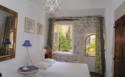 Bed & breakfasts Gard, ...