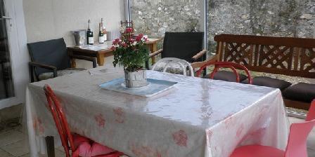 Chez l'Auvergnate et le Champenois Chez l'Auvergnate et le Champenois, Chambres d`Hôtes Saint Martin D'Ablois (51)