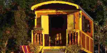 Les Roulottes des Korrigans Les Roulottes des Korrigans, Chambres d`Hôtes Brasparts (29)