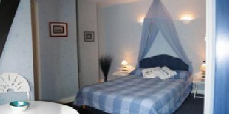 la petite loge une chambre d 39 hotes en indre et loire dans le centre accueil. Black Bedroom Furniture Sets. Home Design Ideas