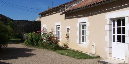 Gîte Rural Gîte Rural, Chambres d`Hôtes La Chapelle Mouliere (86)