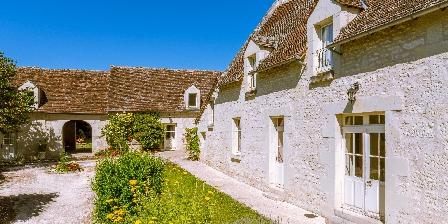 La Milaudière La Milaudière, Chambres d`Hôtes Ligré ( Chinon ) (37)
