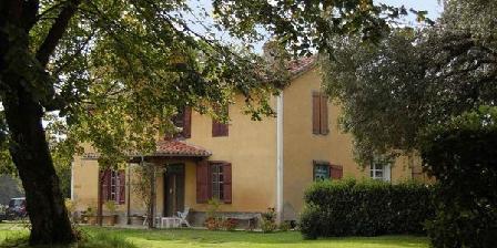 Chambre d'hotes Domaine Ajoli > Domaine Ajoli, Chambres d`Hôtes Miélan (32)