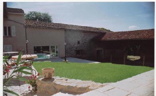 Chambre d'hote Loire - La Ferme des Roses, Chambres d`Hôtes Panissieres (42)
