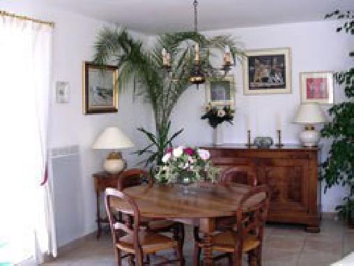 Les Cigalieres, Chambres d`Hôtes Cuers (83)