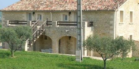 L Arbre qui Chante L Arbre qui Chante, Gîtes Saint-Sauveur-De-Cruzieres (07)