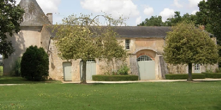 Bed and breakfast Chateau des Noyers > Chateau des Noyers, Chambres d`Hôtes Martigne Briand (49)