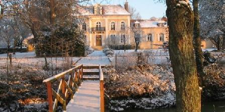 Chambre d'hotes Domaine de Sainte Anne > Domaine de Sainte Anne, Chambres d`Hôtes Soleines Le Haut (89)