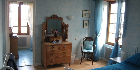 Le Perchoir des Paons Le Perchoir des Paons, Chambres d`Hôtes Gindou (46)