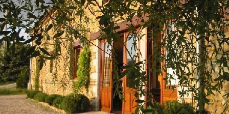 Les Junchas Chambres et Table d'Hôtes Les Junchas, Chambres d`Hôtes Bourdeaux (26)