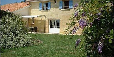Château La Gontrie Chateau La Gontrie, Chambres d`Hôtes Saint Caprais De Bordeaux (33)