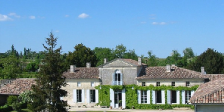 Château Féret-Lambert Château Feret-Lambert, Chambres d`Hôtes Grezillac (33)