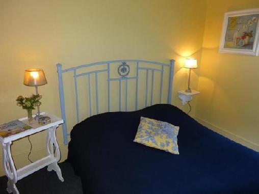 La Villa des Rosiers, Chambres d`Hôtes Cricqueboeuf (14)