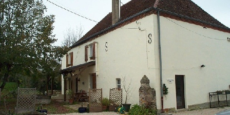 Le Bourg Le Bourg, Chambres d`Hôtes Sens Sur Seille (71)