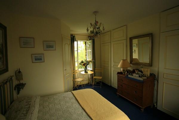 Au Vieux Bassin Honfleur Une Chambre D Hotes Dans Le Calvados En