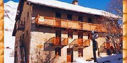 Chalet la Cascade Chalet la Cascade, Chambres d`Hôtes Val D'Isère (73)