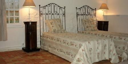 Regain le Colombier Regain le Colombier, Chambres d`Hôtes Saignon (84)
